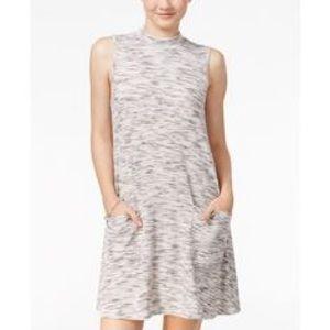 Dresses & Skirts - * Mock neck sleeveless shift dress *